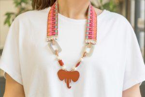 collar-cinta-étnica-resinas-elefante-bisuteria-verano-personalizada2
