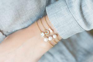 pulsera-cadena-finita-abalorio-conector-esmaltado-perla