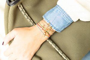 pulseras-elasticas-gomas-entrepieza-libelula-dorado-zamak-bisuteria-personalizada